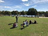 Chillen auf dem Green im Hyde Park